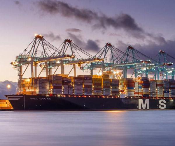 Seguimiento de buques atracados en el Puerto Exterior de A Coruña